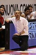 DESCRIZIONE : Campionato 2015/16 Giorgio Tesi Group Pistoia - Pasta Reggia Caserta<br /> GIOCATORE : Esposito Vincenzo<br /> CATEGORIA : Coach Allenatore<br /> SQUADRA : Giorgio Tesi Group Pistoia<br /> EVENTO : LegaBasket Serie A Beko 2015/2016<br /> GARA : Giorgio Tesi Group Pistoia - Pasta Reggia Caserta<br /> DATA : 15/11/2015<br /> SPORT : Pallacanestro <br /> AUTORE : Agenzia Ciamillo-Castoria/S.D'Errico<br /> Galleria : LegaBasket Serie A Beko 2015/2016<br /> Fotonotizia : Campionato 2015/16 Giorgio Tesi Group Pistoia - Pasta Reggia Caserta<br /> Predefinita :