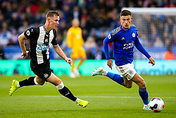 Harvey Barnes of Leicester City takes on Sean Longstaff of Newcastle United - Mandatory by-line: Robbie Stephenson/JMP - 29/09/2019 - FOOTBALL - King Power Stadium - Leicester, England - Leicester City v Newcastle United - Premier League