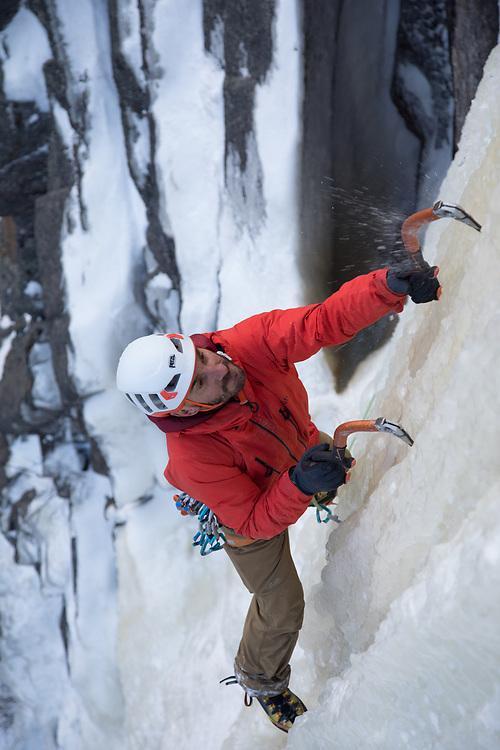 Jeff Mercier Climbing Le Piler de Temple, WI5, Saguenay Fjords National Park, Quebec