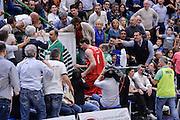 DESCRIZIONE : Beko Legabasket Serie A 2015- 2016 Playoff Quarti di Finale Gara3 Dinamo Banco di Sardegna Sassari - Grissin Bon Reggio Emilia<br /> GIOCATORE : Achille Polonara<br /> CATEGORIA : Fair Play Rissa Espulsione Tifosi Pubblico Spettatori<br /> SQUADRA : Grissin Bon Reggio Emilia<br /> EVENTO : Beko Legabasket Serie A 2015-2016 Playoff<br /> GARA : Quarti di Finale Gara3 Dinamo Banco di Sardegna Sassari - Grissin Bon Reggio Emilia<br /> DATA : 11/05/2016<br /> SPORT : Pallacanestro <br /> AUTORE : Agenzia Ciamillo-Castoria/L.Canu