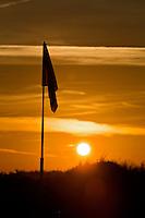 TEXEL- Cocksdorp-TEXELSE GOLF. Zonsopgang,  zon op. sunrise, COPYRIGHT KOEN SUYK
