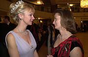 Countess of Derby. the Royal Caledonian Ball. 2001. Grosvenor house. London. 3 May 2001. © Copyright Photograph by Dafydd Jones 66 Stockwell Park Rd. London SW9 0DA Tel 020 7733 0108 www.dafjones.com