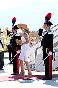 Staatsbezoek van Koning en Koningin aan de Republiek Italie - dag 2 - Palermo /// State visit of King and Queen to the Republic of Italy - Day 2 - Palermo<br /> <br /> Op de foto / On the photo: <br />   Koning Willem-Alexander en koningin Maxima komen aan in de Siciliaanse hoofdstad Palermo<br /> <br /> King Willem-Alexander and Queen Maxima enter the Sicilian capital of Palermo