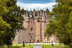 THEMENBILD - Ansicht des Glamis Castle, Glamis, Schottland, aufgenommen am 05.06.2015 // View of the Glamis Castle, Glamis, Scotland on 2015/06/05. EXPA Pictures © 2015, PhotoCredit: EXPA/ JFK