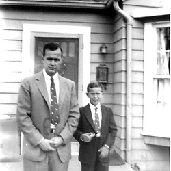 HS481     George W. Bush with his father, George H. W. Bush, in Midland, TX., circa late 1954<br /> Photo Credit:  George Bush Presidential Library