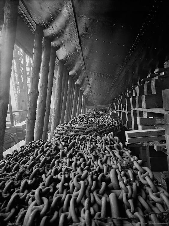 Chains, Cunard Lines, England, 1935