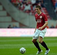 Photo: Daniel Hambury.<br />Manchester United v FC Porto. Amsterdam Tournament. <br />04/08/2006.<br />Manchester's Michael Carrick.