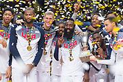 MADRID, ESPANA - 14 DE SEPTIEMBRE: El equipo norteamericano celebra su triunfo en la final del Mundial de Baloncesto entre USA y Serbia en el Palacio de los Deportes de Madrid el domingo 14 de septiembre de 2014 en Madrid, Espana. (Photo by Aitor Bouzo)