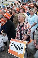 DEU, Deutschland, Germany, Oschatz, 22.08.2013:<br />Besucher einer Wahlkampfveranstaltung der CDU mit Bundeskanzlerin Dr. Angela Merkel.