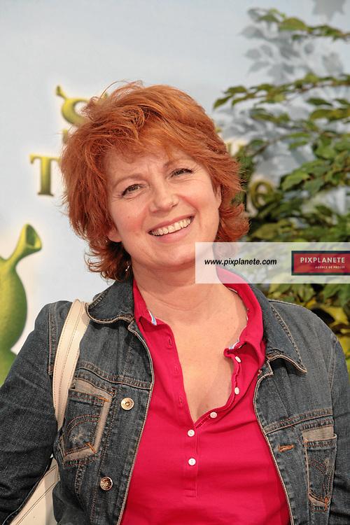 Véronique Genest - Avant Première à Paris du troisième volet de Shrek - 7/6/2007 - JSB / PixPlanete