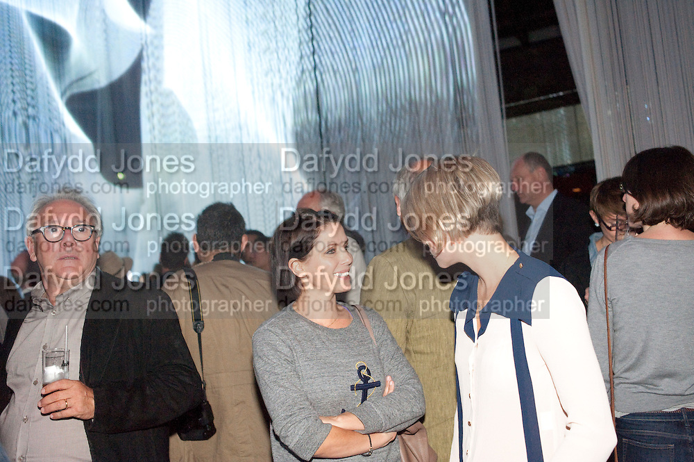 SADIE FROST; HOLLY DAVIDSON, Curtain Call. Opening of Ron Arad's new installation and the 5th Anniversary of the  Roundhouse, The Roundhouse. London. 8 August 2011. <br /> <br />  , -DO NOT ARCHIVE-© Copyright Photograph by Dafydd Jones. 248 Clapham Rd. London SW9 0PZ. Tel 0207 820 0771. www.dafjones.com.