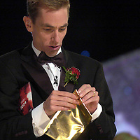 The moment of truth as hopst Ryan Tubridy opens the sealed envelope with the name of the 2004 Rose of Tralee in County Kerry on Tuesday night.<br /> Picture by Don MacMonagle