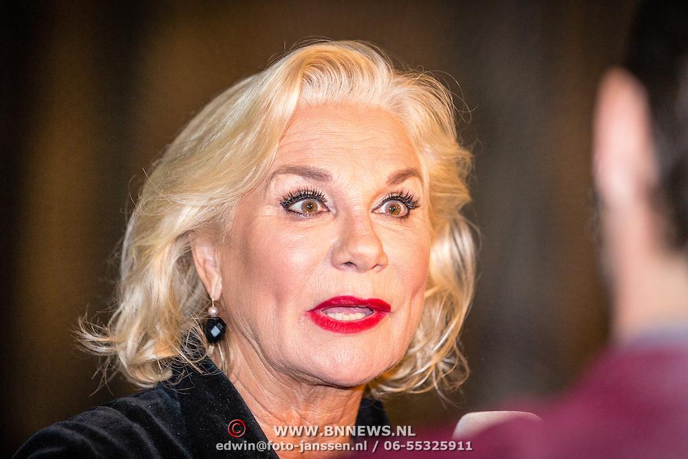 NLD/Amsterdam/20160929 - VIP opening 90 Jaar Marilyn, Monique van der Ven