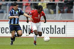 22-10-2006 VOETBAL: UTRECHT - DEN HAAG: UTRECHT<br /> FC Utrecht wint in eigenhuis met 2-0 van FC Den Haag /  Said Bakkati en Darl Douglas<br /> ©2006-WWW.FOTOHOOGENDOORN.NL