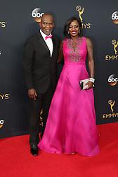 Julius Tennon, Viola Davis  bei der Verleihung der 68. Primetime Emmy Awards in Los Angeles / 180916<br /> <br /> *** 68th Primetime Emmy Awards in Los Angeles, California on September 18th, 2016***