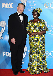 Al Gore and Dr. Wangari Maathai attend the 40th NAACP Image Awards held at the Shrine Auditorium in Los Angeles, CA, USA on February 12, 2009. Photo by Lionel Hahn/ABACAPRESS.COM  Award Gore Al Gore Al Maathai Wangari Muta Maathai Wangari Maathai Wangari Muta Maathai Wangari NAACP Image Awards Soiree Party Los Angeles USA United States of America Vereinigte Staaten von Amerika Etats-Unis Etats Unis    178300_023 Los Angeles