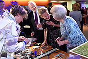 Prinses Mabel en prinses Beatrix tijdens de uitreiking van de derde Prins Friso Ingenieursprijs. De uitreiking vindt plaats op de TU Delft die dit jaar haar 175-jarig jubileum viert. <br /> <br /> Princess Mabel and Princess Beatrix during the award of the third Prince Friso Engineer Award. The ceremony takes place at TU Delft, celebrating its 175th anniversary this year.<br /> <br /> Op de foto / On the photo:  Prinses Mabel en prinses Beatrix  // Princess Mabel and Princess Beatrix