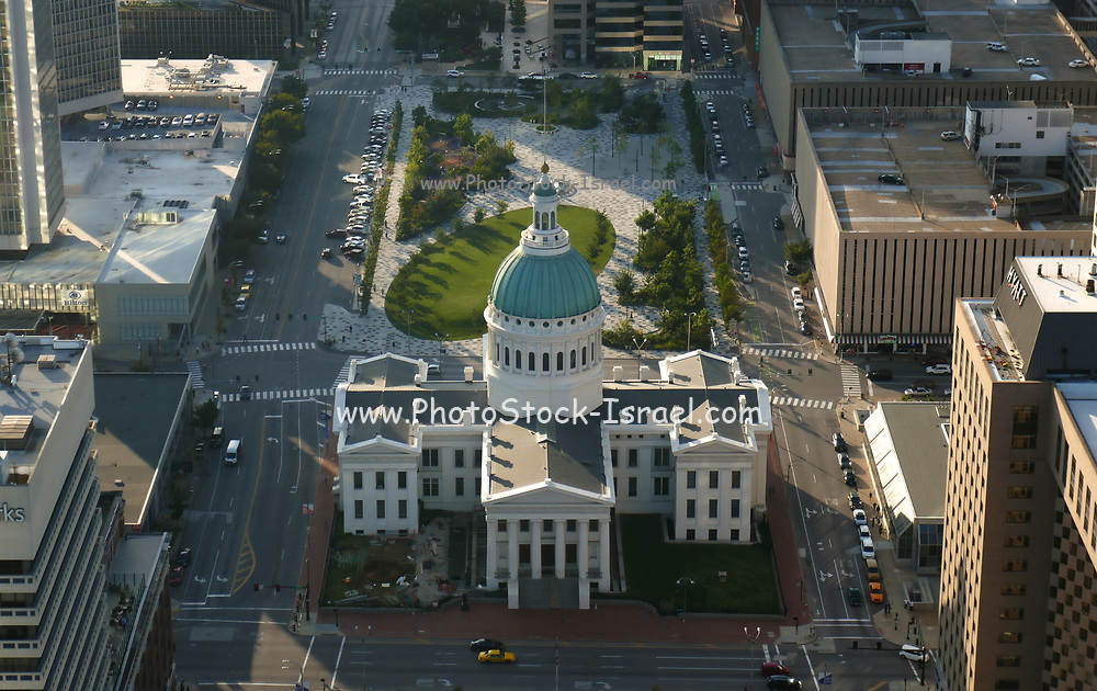 Elevated view of The courthouse building as seen from St.Louis gateway arch Mo, USA
