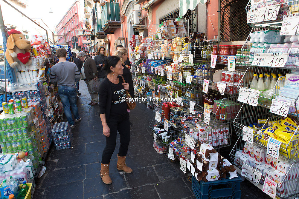 grocery shop in naples