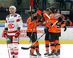 01.01.2020, Merkur Eisstadion, Graz, AUT, EBEL, Moser Medical Graz 99ers vs EC KAC, 34. Runde, im Bild Jubel bei den Graz 99ers nach dem Treffer zum 2:1 durch Charles Dodero (Moser Medical Graz 99ers /rechts) // Celebration of Graz 99ers during the Erste Bank Eishockey League 34th round match between Moser Medical Graz 99ers and EC KAC at the Merkur Eisstadion in Graz, Austria on 2020/01/01. EXPA Pictures © 2019, PhotoCredit: EXPA/ Erwin Scheriau