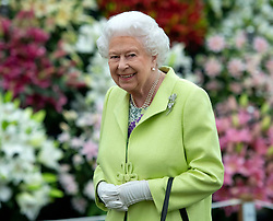 May 20, 2019 - London, London, United Kingdom - Image licensed to i-Images Picture Agency. 20/05/2019. London, United Kingdom. Queen Elizabeth II  at the Chelsea Flower Show in London. (Credit Image: © Pool/i-Images via ZUMA Press)