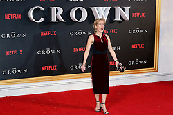 November 1, 2016 - London, UK - London, UK, Gillian Anderson, The Crown - Global premiere, (Credit Image: © Richard Goldschmidt/London News Pictures via ZUMA Wire)