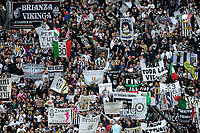"Tifosi Juventus (Juventus campione d Italia)<br /> Torino 13/05/2012 Stadio ""Juventus stadium""<br /> Serie A 2011/2012<br /> Football Calcio Juventus Vs Atalanta<br /> Foto Insidefoto Alessandro Sabattini"