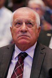 30.04.2016, Messe, Stuttgart, GER, 5. Bundesparteitag der AfD, im Bild Vaclav Klaus, ehemaliger Präsident der, Tschechischen Republik // during the 5th party convention of the Alternative for Germany (AfD) at the Messe in Stuttgart, Germany on 2016/04/30. EXPA Pictures © 2016, PhotoCredit: EXPA/ Sammy Minkoff<br /> <br /> *****ATTENTION - OUT of GER*****