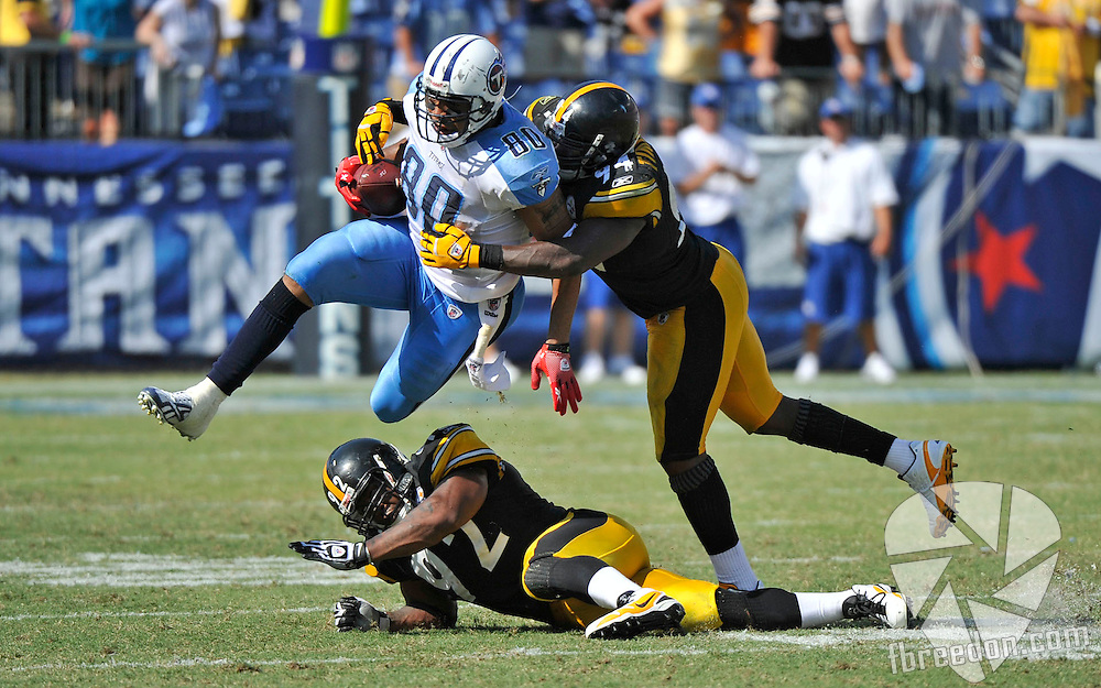 in the fourth quarter of an NFL football game on Sunday, Sept. 19, 2010, in Nashville, Tenn. The Steelers won 19-11. (AP Photo/Frederick Breedon)
