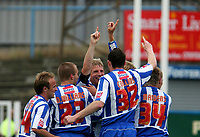 Photo: Andrew Unwin.<br />Hartlepool Utd v Swansea. Coca Cola League 1.<br />17/09/2005.<br />Hartlepool's Ritchie Humphreys (C) celebrates his goal.