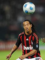 Fotball<br /> Italia<br /> Foto: Witters/Digitalsport<br /> NORWAY ONLY<br /> <br /> 06.01.2009<br /> <br /> Ronldinho Mailand<br /> <br /> Fussball Dubai Football Challenge 2009, Hamburger SV - AC Milan