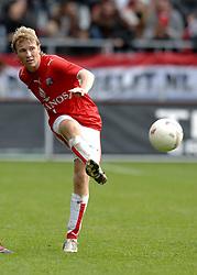 22-10-2006 VOETBAL: UTRECHT - DEN HAAG: UTRECHT<br /> FC Utrecht wint in eigenhuis met 2-0 van FC Den Haag / Rick Kruys<br /> ©2006-WWW.FOTOHOOGENDOORN.NL