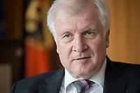20 JUN 2018, BERLIN/GERMANY:<br /> Horst Seehofer, CSU, Bundesinnenminister, waehrend einem Interview, in seinem Buero, Bundesministerium des Inneren<br /> IMAGE: 20180620-02-034<br /> KEYWORDS: Büro