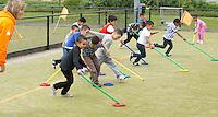 ROTTERDAM - Funkey Hockey  voor basisscholen tijdens de RHWL.  FOTO KOEN SUYK