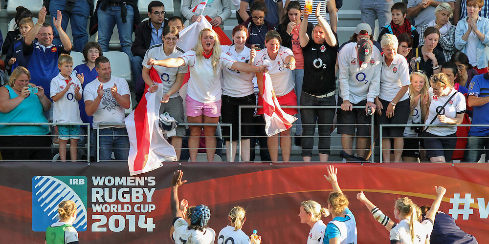 Supporters and players post match. WRWC Ireland v England in the Semi Final at Stade Jean Bouin, Avenue du Général Sarrail, Paris, France, on 13th August 2014