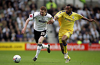 Photo: Paul Thomas.<br /> Derby County v Southampton. Coca Cola Championship. Play Off Semi Final, 2nd Leg. 15/05/2007.<br /> <br /> Stephen Pearson (L) of Derby battles Jhon Viafara.