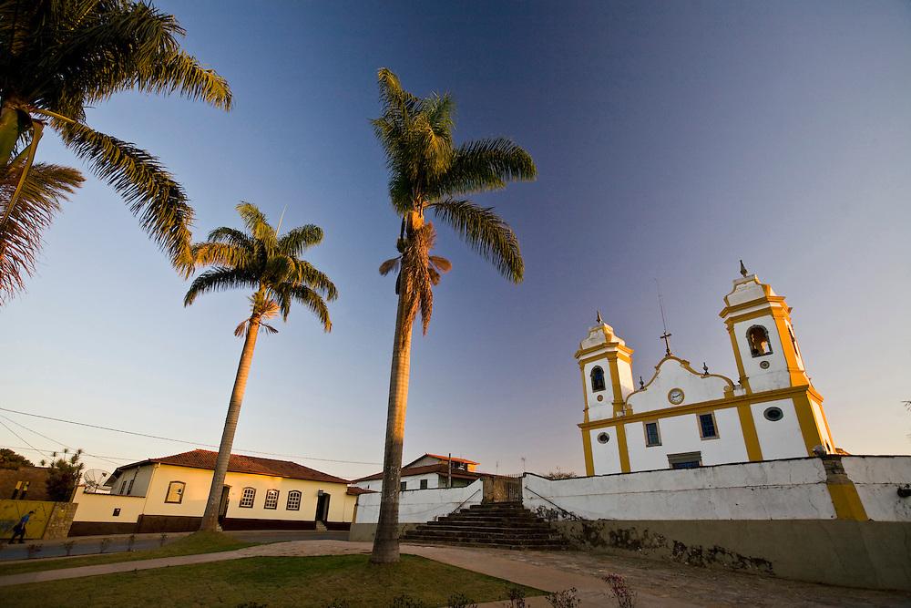 Sao Bras do Suacui_MG, Brasil...Igreja Matriz de Sao Bras do Suacui, essa cidade e a zona do Campos das Vertentes em Minas Gerais...The Sao Bras do Suacui mother church...Foto: JOAO MARCOS ROSA / NITRO