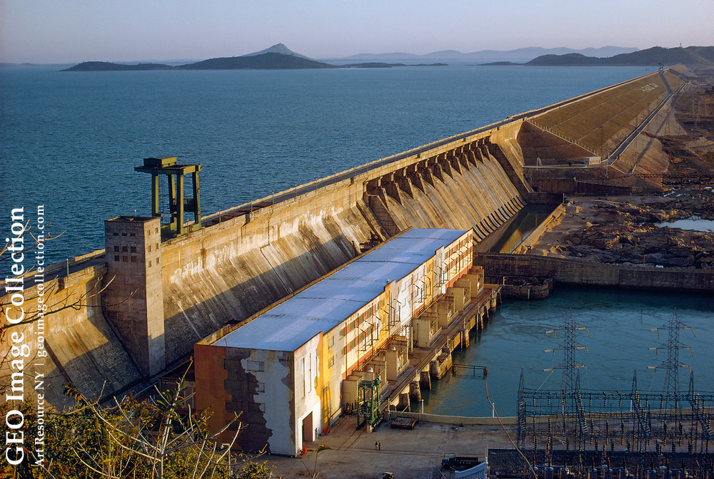 The Hirakud Dam harnesses the energy generated by the Great River.