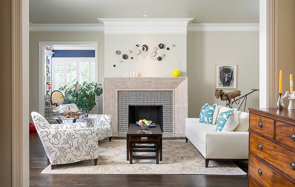 Interior decoration ideas for a family room in a craftsman style home