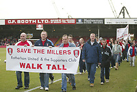 Photo: Aidan Ellis.<br /> Rotherham United v Bristol City. Coca Cola League 1. 25/03/2006.<br /> The Rotherham fans that walked to last weeks game at huddrsfield to raise money for there club are apllauded by the crowd at Millmoor.