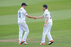 Liam Dawson of Hampshire congratulates Gareth Berg of Hampshire - Mandatory byline: Dougie Allward/JMP - 07966386802 - 11/09/2015 - Cricket - County Ground -Taunton,England - Somerset CCC v Hampshire CCC - LV=County Championship - Day 3