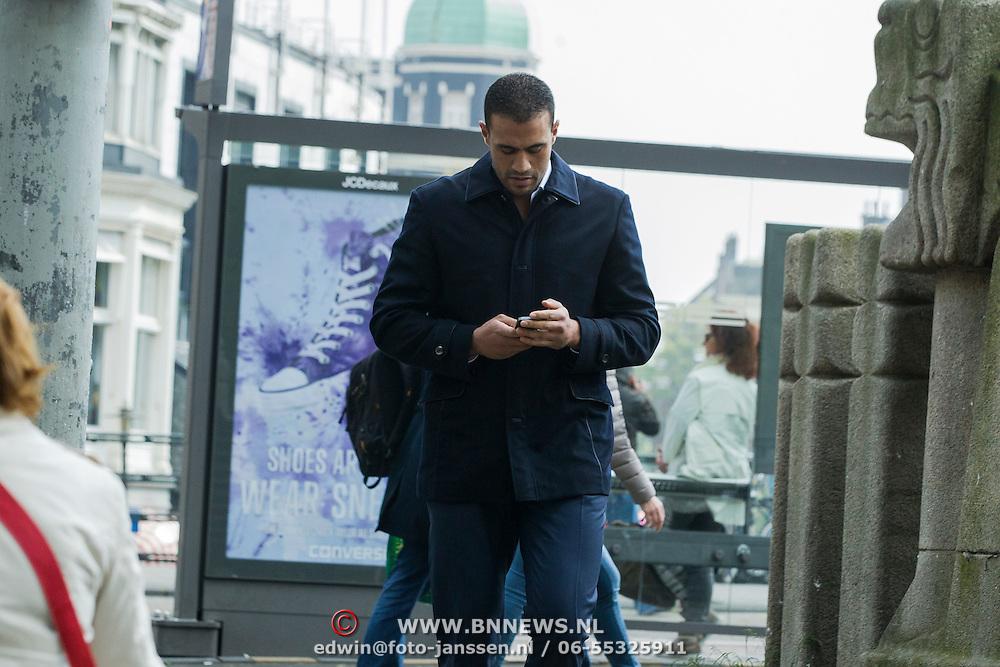 NLD/Amsterdam/20140422 - Boekpresentatie Badr Hari, aankomst Badr