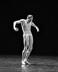Alpha Episodes..Wayne McGregor's Random Dance, The Linbury Studio Theatre, London, Great Britain, November 22, 2012.  Photo by Elliott Franks / i-Images..