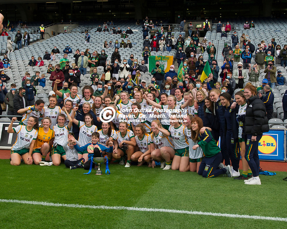 26-06-21. Meath v Kerry - Lidl Ladies National Football League Division 2 Final at Croke Park.<br /> Meath players celebrating with the LGFA Div. 2 NFL Cup.<br /> Photo: John Quirke / www.quirke.ie<br /> ©John Quirke Photography, 16 Proudstown Road, Navan. Co. Meath. (info@quirke.ie / 046-9028461 / 087-2579454).