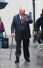 Russell Crowe unrecognisable for The New Roger Ailes Project - 06 Nov 2018