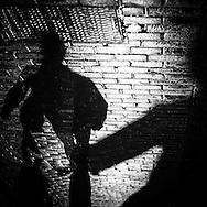 Paris  shadows at night  /  ombres dans  la nuit,