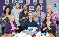 Ross Greer MSP visits Knit for Unity: Across the Globe | Maryhill | 20 June 2016