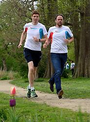 10-04-2014 NED: NY City Marathon training Vriendenloterij, Amsterdam<br /> In het Amsterdamse Vondelpark werden de eerste meters gelegd door de lopers van de vriendenloterij / Bas en David