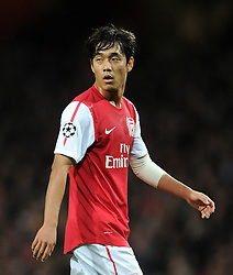 01.11.2011, Emirates Stadion, London, ENG, UEFA CL, Gruppe F, Arsenal FC (GBR) vs Olympique de Marseille (FRA), im Bild  Arsenal's Park Chu-Young looks on // during UEFA Champions League group F match between Arsenal FC (GBR) and Olympique de Marseille (FRA) at Emirates Stadium, London, United Kingdom on 01/11/2011. EXPA Pictures © 2011, PhotoCredit: EXPA/ Propaganda Photo/ Chris Brunskill +++++ ATTENTION - OUT OF ENGLAND/GBR+++++