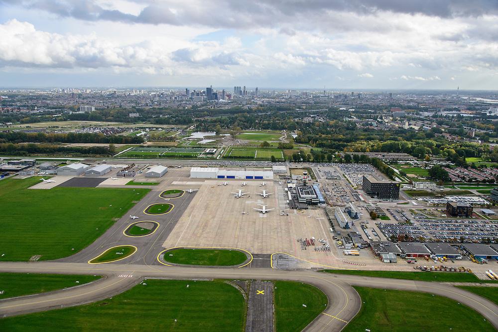 Nederland, Zuid-Holland, Rotterdam, 23-10-2013; Vliegveld Zestienhoven, Rotterdam The Hague Airport. Skylien Rotterdam.<br /> luchtfoto (toeslag op standaard tarieven);<br /> aerial photo (additional fee required);<br /> copyright foto/photo Siebe Swart.
